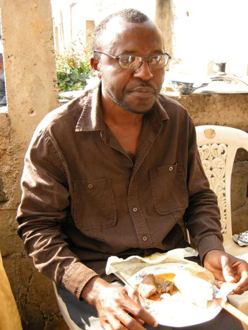 http://cameroon.betacantrips.com/wp-content/uploads/2010/12/DSCN5430-rot270-scale0.25.jpg